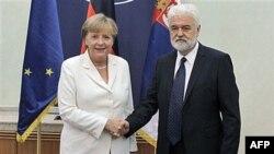 Nemačka kancelarka Angela Merkel i premijer Srbije Mirko Cvetković za vreme zvanične posete nemačke političarke Beogradu.