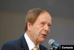 Emilio Viano, experto en leyes y política
