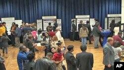 20 học sinh trung học Mỹ chuẩn bị tham gia cuộc thi Toán, Khoa học, Công nghệ do Siemens Foundation tổ chức hàng năm