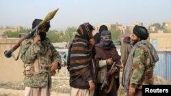 아프가니스탄 가즈니 주의 무장세력 탈레반 대원들. (자료사진)