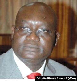 George Bada, actuel président intérimaire du parti à Cotonou. (VOA/Ginette Fleure Adandé)
