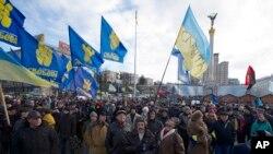 2일 우크라이나의 수도 키예프에서 수천명의 시위대가 농성을 벌이고 있다.