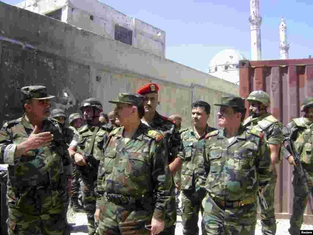 Suriya müdafiə naziri, general Fəhad Cassim Əl-Frij Homs şəhərində