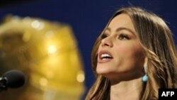 Sofia Vergara công bố các đề cử cho Giải Cầu Vàng lần thứ 69, thứ năm, 14/12/2011