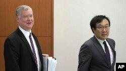 스티븐 비건 미국 국무부 대북특별대표와 이도훈 한국 외교부 한반도평화교섭본부장.