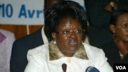L'ancienne ministre Laure Olga Gondjout à Libreville, le 10 avril 2008. (Photo by WILS YANICK MANIENGUI / AFP)