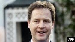 Cili është udhëheqësi liberal demokrat britanik Nick Clegg