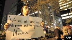 Protestuesit e lëvizjes Zaptimi i Uoll Stritit rihynë në parkun e Nju Jorkut