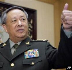 中国解放军总参谋长陈炳德