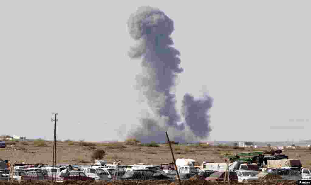 ترکی کی سرحد کے قریب شام کے علاقے 'کوبانی' میں تازہ فضائی کارروائی میں شدت پسندوں کے ٹھکانوں کو نشانہ بنایا گیا۔