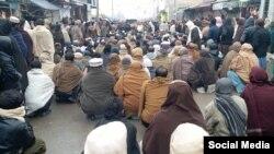 د بلوچستان په قله سېف الله کې وړاندې د بد امنۍ پېښو پرضد ځايي خلکو احتجاجونه هم کړي.
