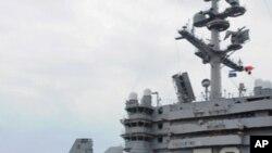 출격 훈련을 실시하는 미 해군 함재기 (자료사진)