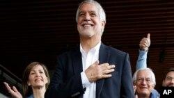 Enrique Peñalosa juramentó este 1 de enero como nuevo alcalde de Bogotá, la capital colombiana.