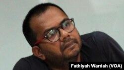 Koordinator Kontras, Haris Azhar. (VOA/Fathiyah Wardah)