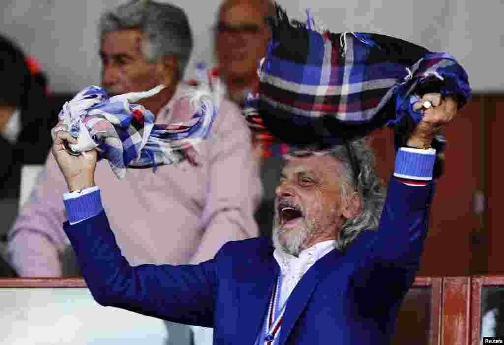 លោក Massimo Ferrero ប្រធានក្រុមSampdoria សប្បាយចិត្ត ក្នុងការប្រកួតបាល់ទាត់វគ្គ A របស់អ៊ីតាលី ទល់នឹងក្រុម Inter Milan នៅស្តាត Marassi ក្នុងក្រុង Genoa ប្រទេសអ៊ីតាលី។
