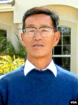 严家其,原中国社会科学院政治学研究所所长