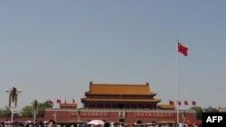 Đến Thiên An Môn, nghĩ về tính chính trị của địa điểm
