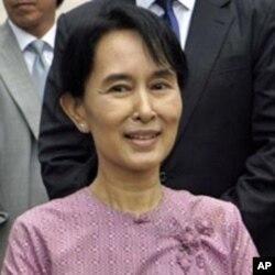 حزب اختلاف کی رہنما آنگ سان سوچی