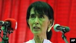 보궐선거에 출마하는 미얀마 민주화 운동의 지도자 아웅산 수치 여사