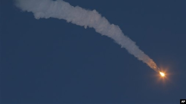 Soyuz-FG rocket booster fires Soyuz TMA-07M spaceship to the International Space Station from the Russian-leased Baikonur Cosmodrome, Kazakhstan, Dec. 19, 2012.