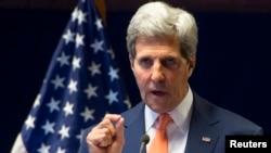 John Kerry lors d'une conférence de presse à Addis-Abeba, 1er mai 2014