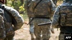 Nghiên cứu gần đây ước tính có khoảng 66.000 người đồng tính hiện đang phục vụ trong quân đội Hoa Kỳ
