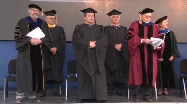 ceremonia-e-diplomimit-ne-auk