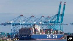 美國維州港口裝滿中國進口商品的集裝箱(2019年5月10日)