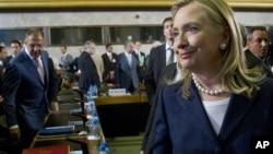 Državna sekretarka Hilari Klinton stiže na sastanak akcione grupe za Siriju u Ženevi