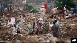 مقامهای پاکستانی در چندین مورد خانههای مهاجرین افغان را ویران کرده اند