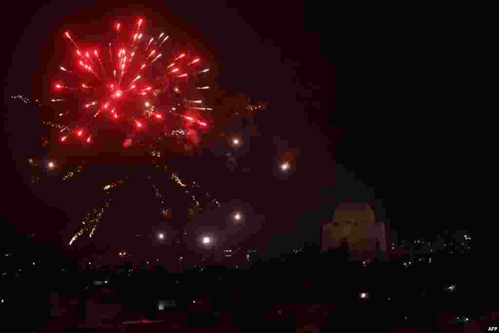 مراسم آتش بازی در هفتاد و یکمین سالروز استقلال پاکستان