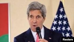 将主持阿富汗巴基斯坦会谈的美国国务卿克里(路透社)