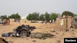 Des dommages constatés à la suite d'une attaque des militants de Boko Haram dans la ville de Maiduguri, Nigeria, le 27 avril 2018.