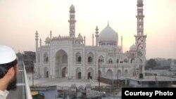 Hindistonda tablig'chilar qatnaydigan masjidlardan biri (Bayram Balci)