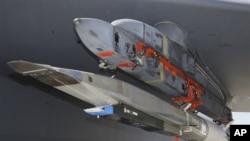 美国军方测试X-51飞机