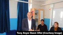 CHP İzmir Büyükşehir Belediye Başkan Adayı Tunc Soyer
