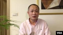 關注中國民運的美國華裔商人成水炎。
