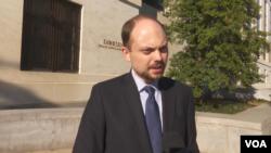 Владимир Кара-Мурза после слушаний в Сенате