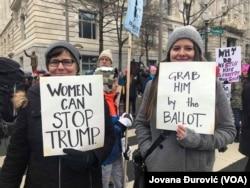 Участницы Женского марша в Вашингтоне, 18 января 2020 года