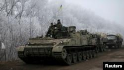 乌克兰政府军在德巴尔切夫附近