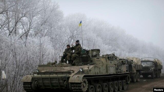 Украинские военные вблизи Дебальцево 15 февраля
