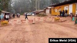 Checkpoint sur une route à Beni, dans la province du Nord-Kivu en RDC le 6 avril 2020. (Erikas Mwisi)