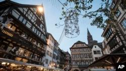 Centre-ville de Strasbourg, France, 15 décembre 2018. (AP Photo/Jean-François Badias)