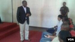MDC leader Morgan Tsvangirai addressing fred activists in Harare on Tuesday. (VOA photo/Irwin Chifera)