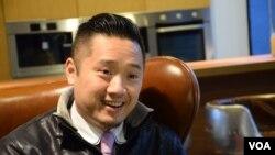 台灣白色正義聯盟發起人吳勇峰表示,反對太陽花運動以佔領立法院等激烈的抗爭手法表達訴求。(美國之音湯惠芸)