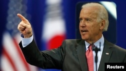 Wapres AS Joe Biden memberikan pidato di Universitas Yonsei di Seoul, Korea Selatan hari Jumat (6/12).