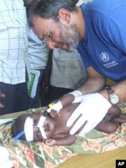 Dr. Omar Saleh, WHO trauma surgeon, trained Somali health workers on caring for wounded children.