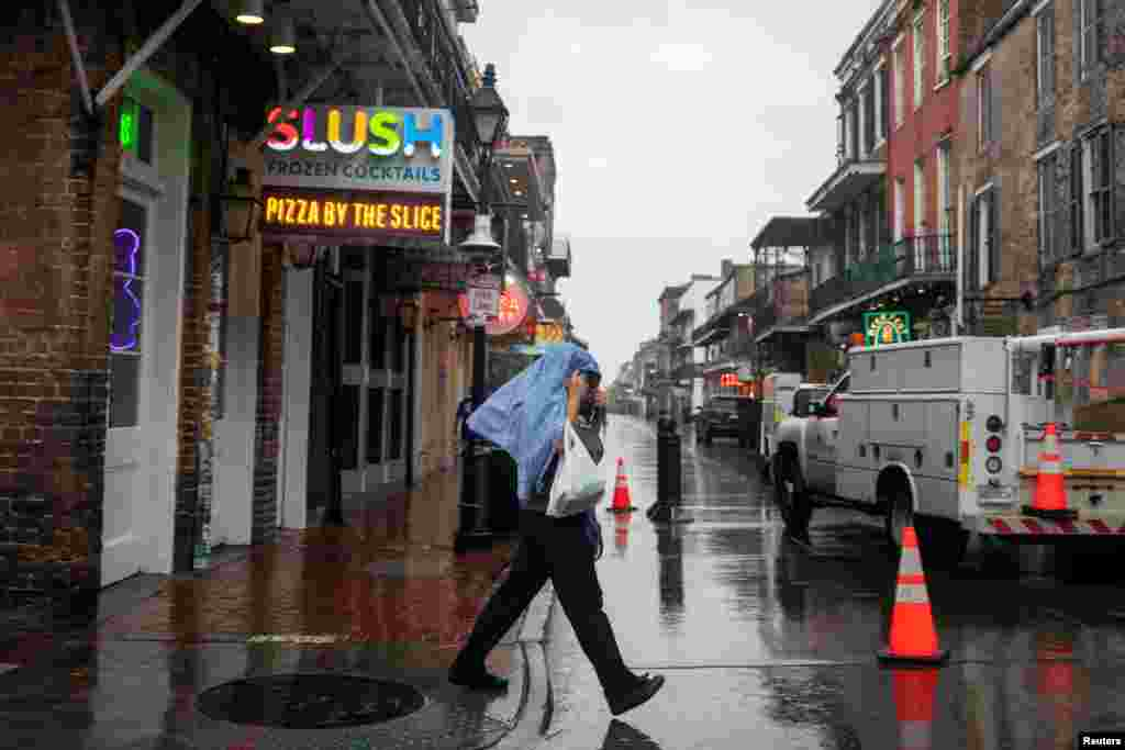 ماہرین موسمیات نے پیش گوئی کی تھی کہ طوفان زیٹا دوبارہ زور پکڑ سکتا ہے۔