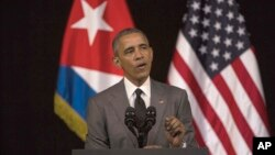 쿠바를 방문 중인 바락 오바마 미국 대통령이 22일 아바나의 알리시아 알론소 대극장에서 쿠바 국민들을 대상으로 연설했다.