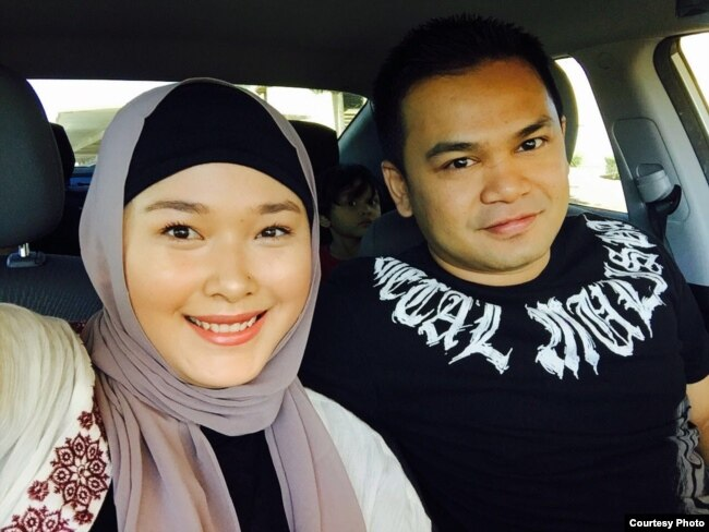 Melwanche Arief, warga Indonesia di Las Vegas, beserta istri.